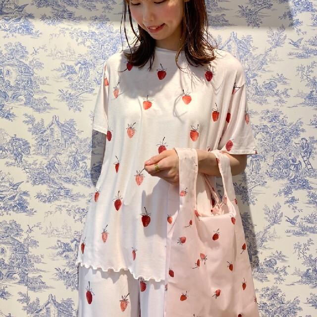 gelato pique(ジェラートピケ)のジェラートピケ ストロベリーモチーフTシャツ&ロングパンツ レディースのルームウェア/パジャマ(ルームウェア)の商品写真
