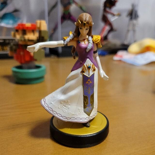 任天堂(ニンテンドウ)のWii U amiibo 6体セット エンタメ/ホビーのゲームソフト/ゲーム機本体(家庭用ゲームソフト)の商品写真