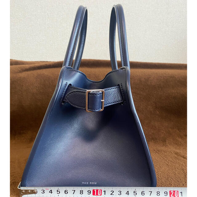 【THE ROW】ハンドバッグ・新品未使用・限定 レディースのバッグ(ハンドバッグ)の商品写真