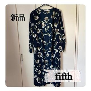 fifth - 新品 fifth  花柄のアウター
