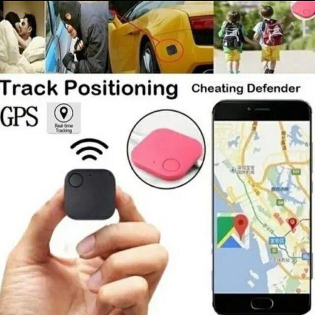 【日本語取扱説明書付♪】「iSearching」 小型スマホ連動GPS! スマホ/家電/カメラのスマホアクセサリー(その他)の商品写真