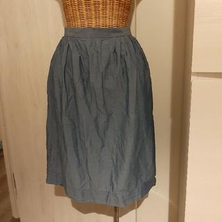 ユニクロ(UNIQLO)のUNIQLO薄手デニムスカート(ひざ丈スカート)