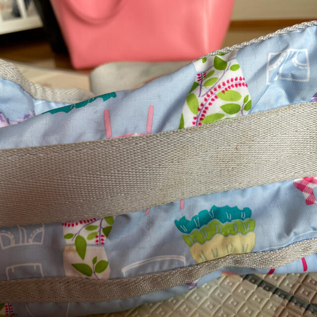 LeSportsac(レスポートサック)のレスポートサック レディースのバッグ(ショルダーバッグ)の商品写真