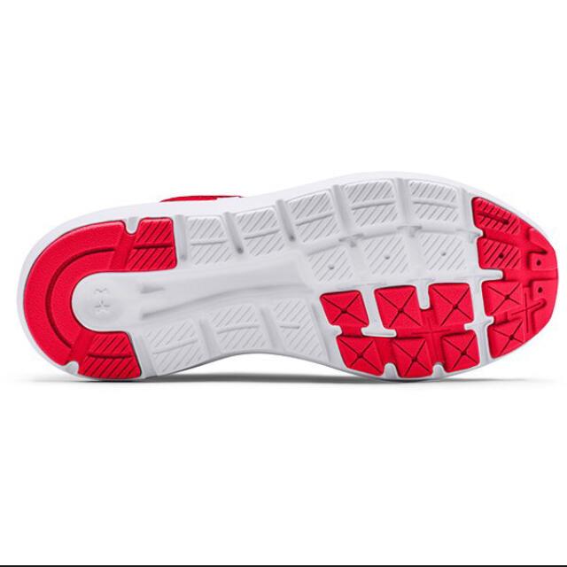 UNDER ARMOUR(アンダーアーマー)のUNDER ARMOUR UAグレードスクール サージ 2 ランニング  レディースの靴/シューズ(スニーカー)の商品写真