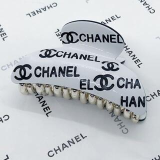 CHANEL - CHANEL シャネル バレッタ バンス ホワイト ヘアーアクセサリー