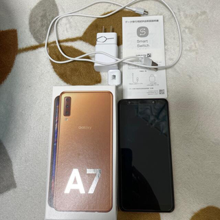 Galaxy - 美品 GALAXY a7 ゴールド 64G