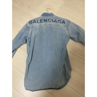 Balenciaga - BALENCIAGA バッグロゴ ウォッシュド デニムシャツ