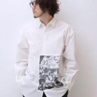 UNIQLO - MBハイエンドグラフィックシャツ
