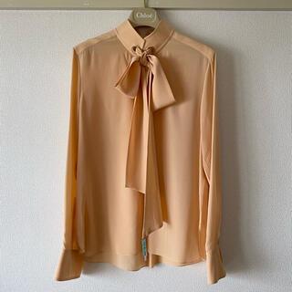 クロエ(Chloe)のchloe ボウタイブラウス シルク ベージュ ピンク オレンジ 長袖 クロエ(シャツ/ブラウス(長袖/七分))