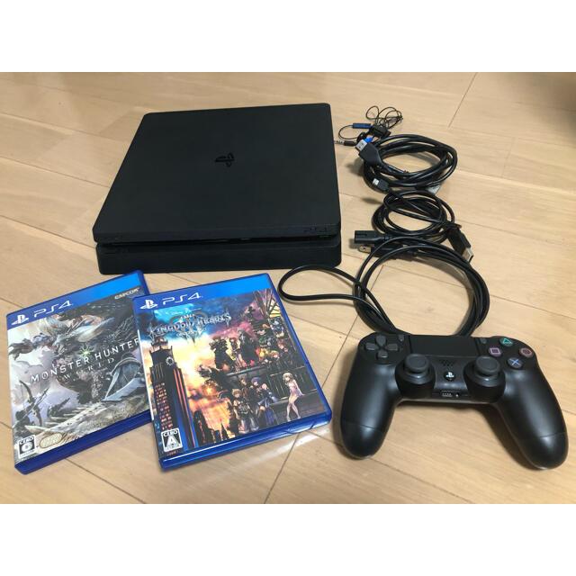 PlayStation4(プレイステーション4)のPlayStation4 本体 500GB 付属品あり エンタメ/ホビーのゲームソフト/ゲーム機本体(家庭用ゲーム機本体)の商品写真