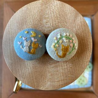 刺繍ヘアゴム 刺繍ボタン 猫 チビくるみボタン