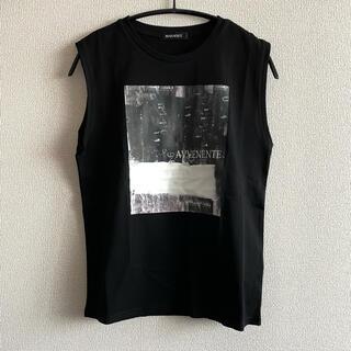 アーバンリサーチ(URBAN RESEARCH)のAVVENENTE アートブラックノースリーブ(Tシャツ(半袖/袖なし))
