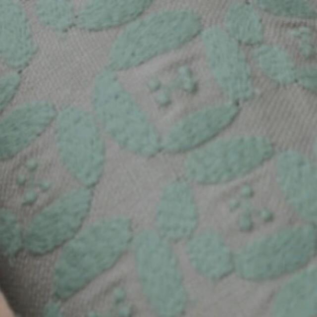 mina perhonen(ミナペルホネン)のミナペルホネン dear グレー 新作 ハンドメイドの素材/材料(生地/糸)の商品写真