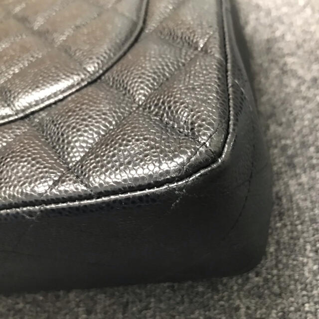 CHANEL(シャネル)のCHANEL シャネル キャビアスキン ショルダーバッグ レディースのバッグ(ショルダーバッグ)の商品写真