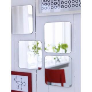 イケア(IKEA)の【4枚組】IKEA SORLIソールリ 貼り付けタイプミラー 20×20  4枚(壁掛けミラー)