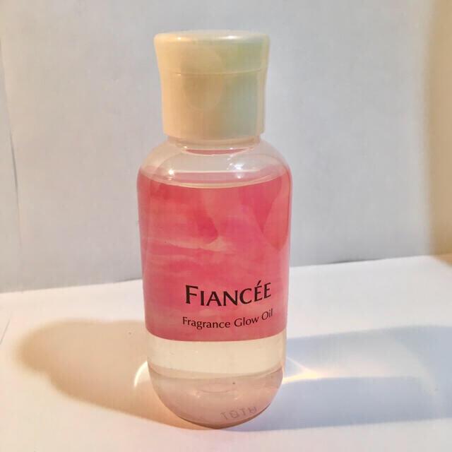 FIANCEE(フィアンセ)のフィアンセ ボディミスト フレグランスグロウオイル ピュアシャンプーの香り コスメ/美容の香水(香水(女性用))の商品写真