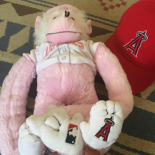 エンジェルス ラリーモンキー&ニューエラ キャップ スポーツ/アウトドアの野球(応援グッズ)の商品写真