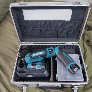 マキタ(Makita)のマキタ ペン型インパクトドライバTD022(7.2V)青 トルク25Nm 1.5(工具)