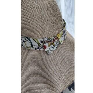 グッチ(Gucci)のGUCCI ラファイヤ ボタニカル帽子(麦わら帽子/ストローハット)