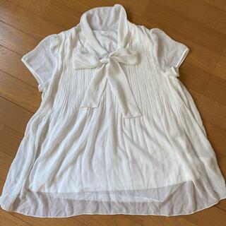 イネド(INED)のシャツ ブラウス ホワイト 仕事(シャツ/ブラウス(半袖/袖なし))