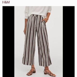エイチアンドエム(H&M)のH&M ワイドレッグ クロップドパンツ(クロップドパンツ)