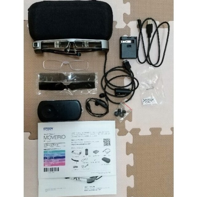 EPSON(エプソン)のエプソン スマートグラス MOVERIO BT-300 購入可 スマホ/家電/カメラのスマートフォン/携帯電話(スマートフォン本体)の商品写真