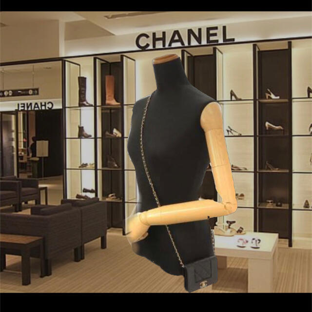 CHANEL(シャネル)のシャネル マドモアゼル ミニ チェーンウォレット 新品未使用品 レディースのバッグ(ショルダーバッグ)の商品写真