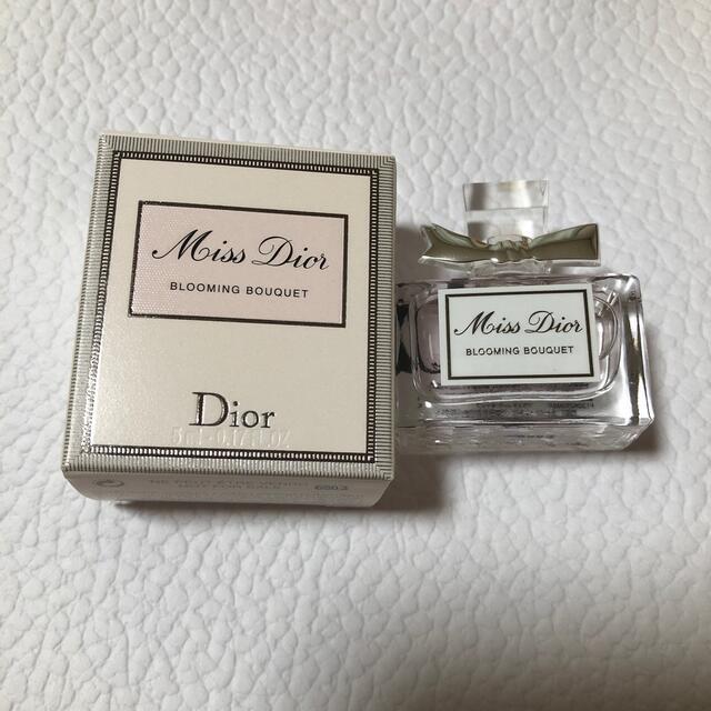 Dior(ディオール)のディオール ミニサイズ香水 コスメ/美容の香水(香水(女性用))の商品写真