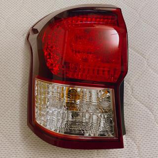 トヨタ - カローラフィールダー  テールランプ 左 純正品