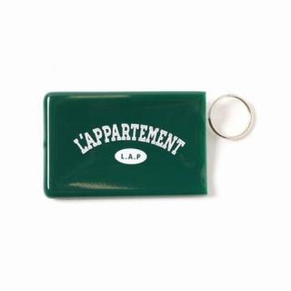 L'Appartement DEUXIEME CLASSE - L'Appartement Quiky Card Holder WKeyring