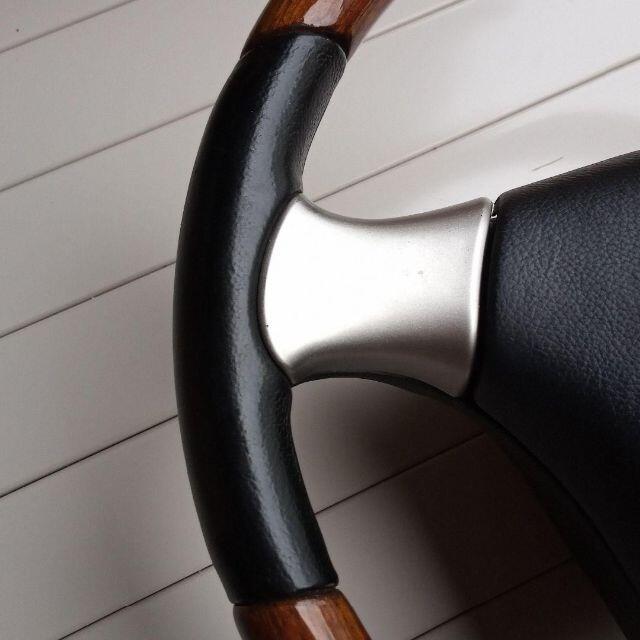 ダイハツ(ダイハツ)のダイハツ純正 MOMO ウッド 自動車/バイクの自動車(車種別パーツ)の商品写真