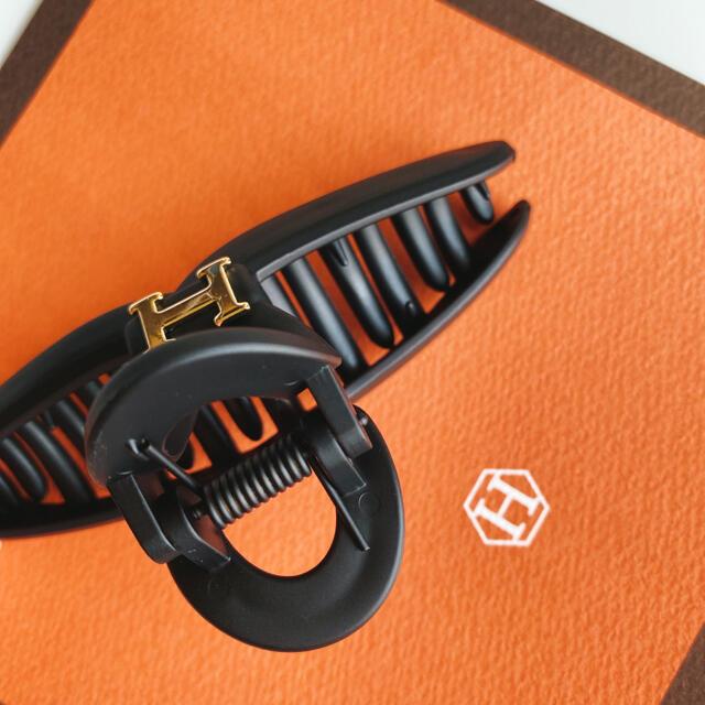 専用 シルバーカラー ハンドメイドのアクセサリー(ヘアアクセサリー)の商品写真