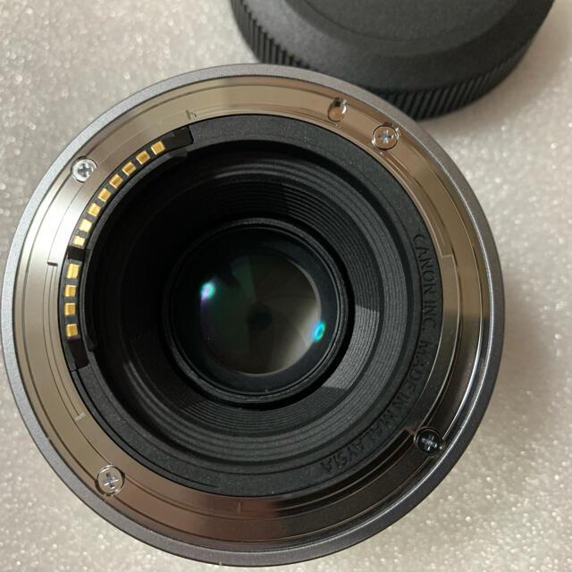 Canon(キヤノン)のキヤノン RF50mm F1.8 STM極美品 スマホ/家電/カメラのカメラ(レンズ(単焦点))の商品写真