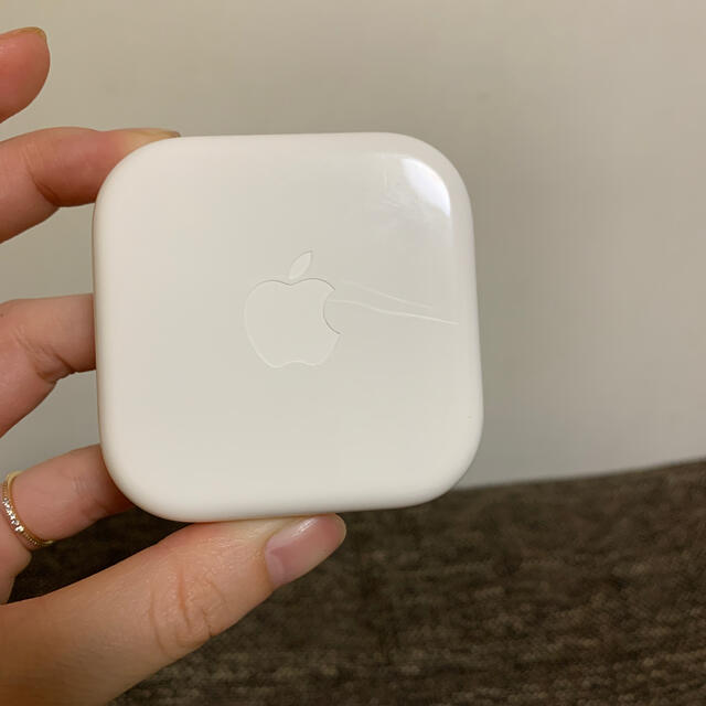 Apple(アップル)のiPhone純正イヤホンアップル スマホ/家電/カメラのオーディオ機器(ヘッドフォン/イヤフォン)の商品写真