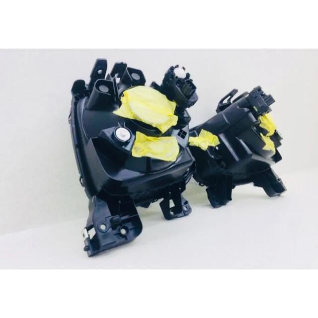 スズキ(スズキ)のスズキ アルト HA 36 ヘッドライト 左右セット 自動車/バイクの自動車(車種別パーツ)の商品写真