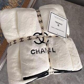 CHANEL - 極美品+良品限界価格シャネルタオル+バスタオルの2本セット