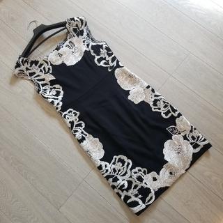 GRACE CONTINENTAL - 刺繍ワンピース ルネ アドーア フォクシー タダシショウジ サカイ グッチ