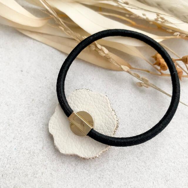 【SALE】ブルーのみ・ミニフローレス / ヘアゴム ハンドメイドヘアゴム  ハンドメイドのアクセサリー(ヘアアクセサリー)の商品写真