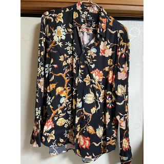 H&M - ワイキキH&M フローラルシャツ