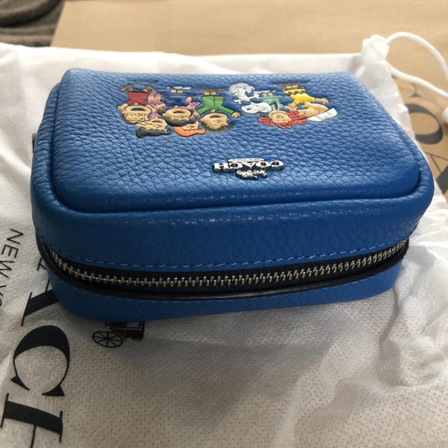 COACH(コーチ)の新品未使用  スヌーピー×coach ミニボクシーコスメティックケース ブルー レディースのファッション小物(ポーチ)の商品写真