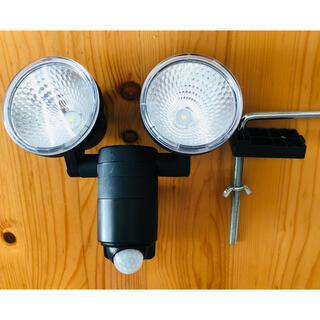 アイリスオーヤマ - LEDセンサーライト