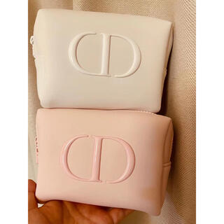 Christian Dior - ディオール ノベルティ ふわふわポーチ   ピック ホワイト2点