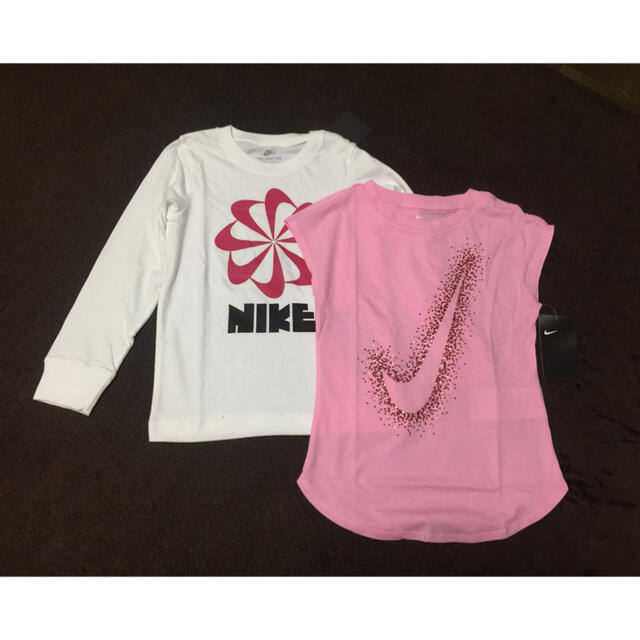 NIKE(ナイキ)のNIKE 女児2枚セット キッズ/ベビー/マタニティのキッズ服女の子用(90cm~)(Tシャツ/カットソー)の商品写真