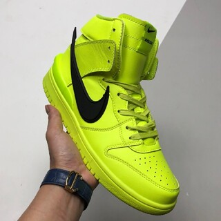 """ナイキ(NIKE)のAMBUSH x Nike SB Dunk High """"Flash Lime""""(スニーカー)"""