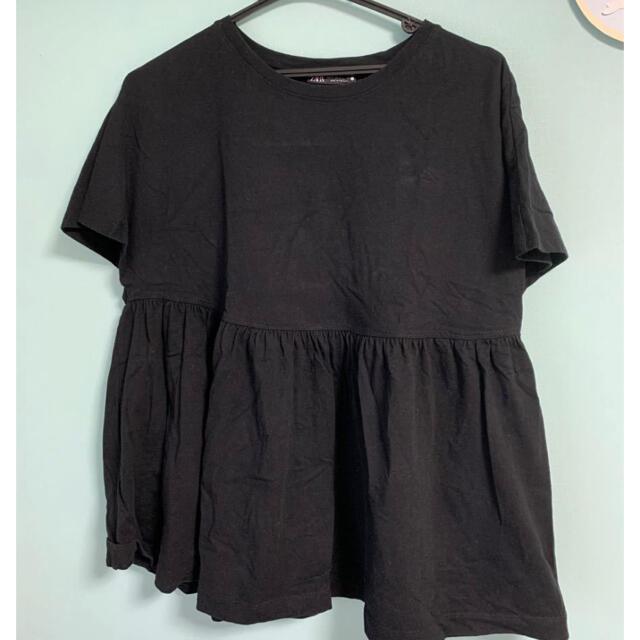 ZARA(ザラ)のZARA 黒T フリル トップス レディースのトップス(Tシャツ(半袖/袖なし))の商品写真
