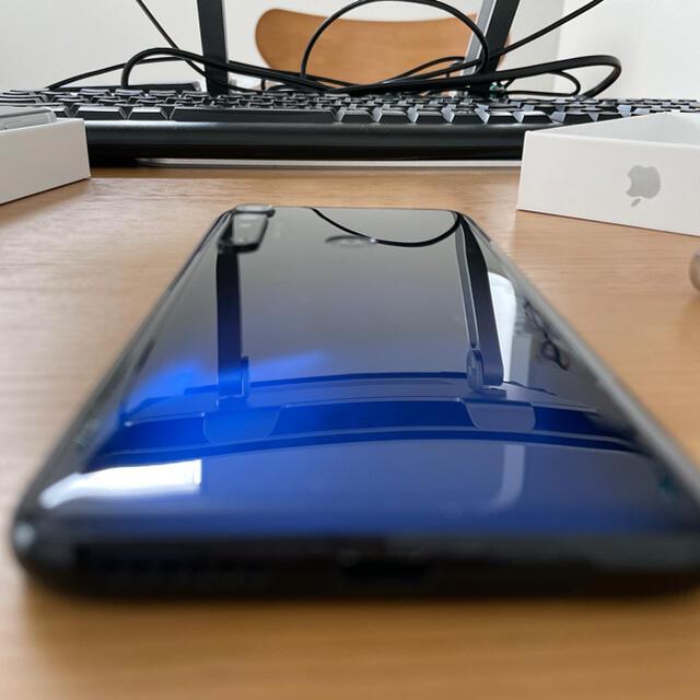 Motorola(モトローラ)のmoto g8 plus コズミックブルー スマホ/家電/カメラのスマートフォン/携帯電話(スマートフォン本体)の商品写真