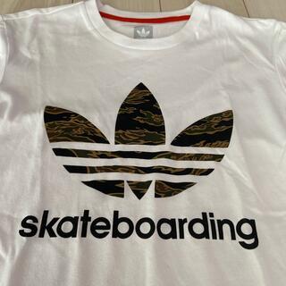 アディダス(adidas)のアディダス スケートボード Tシャツ メンズL 迷彩 カモフラ(Tシャツ/カットソー(半袖/袖なし))