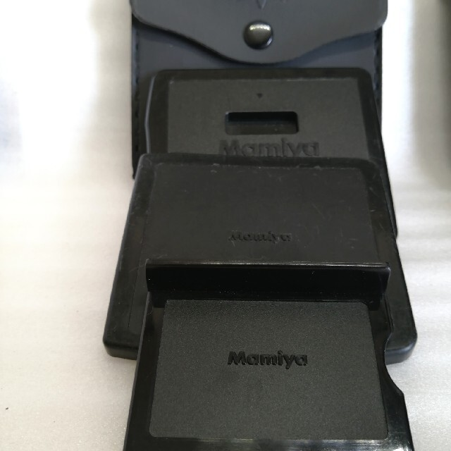 USTMamiya(マミヤ)のペンタックス、マミヤ645.67等キャップ類6点セット スマホ/家電/カメラのカメラ(フィルムカメラ)の商品写真