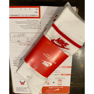 ナイキ(NIKE)のNIKE/靴下/新品未使用/白赤/27〜29cm/正規品•本物/1セットのみ販売(ソックス)
