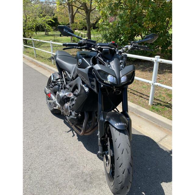 ヤマハ(ヤマハ)のmt09 2017年式 自動車/バイクの自動車(車体)の商品写真